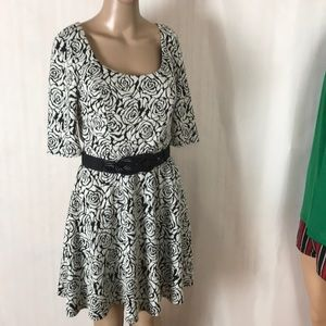 Candie's Fit & Flare Belted Dress Size M